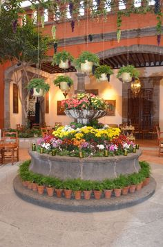 La Hacienda de los Morales in Mexico City. And to think that it used to be on the outskirts of the city. Not anymore. :-)
