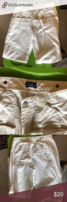 White Docker jeans Causal pair of white Docker jeans Dockers Jeans Boot Cut