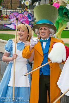 2014 - Disney's Spring Promenade - Alice in Wonderland & the Mad Hatter
