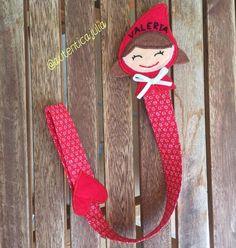 Chupetero Caperucita Roja... ❤️12€ Christmas Stockings, Christmas Ornaments, Holiday Decor, Home Decor, Red Riding Hood, Red, Xmas Ornaments, Homemade Home Decor, Christmas Jewelry