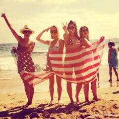 And had a very beachy 4th of July with my besties:. Photo Diary: My Favorite Moments of 2013