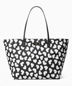 494 best cute accessories images in 2019 bags purses totes David Ortiz Oakley Sunglasses kate spade black white hearts blake avenue printed margareta tote