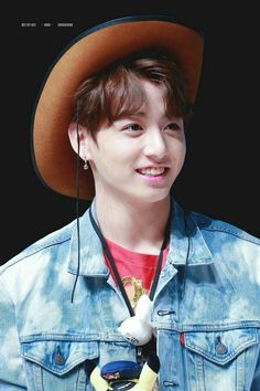170930 © Bit by bit Jungkook Smile, Maknae Of Bts, Jungkook Cute, Kookie Bts, Jungkook Oppa, Bts Bangtan Boy, Taehyung, Namjoon, Jung Kook