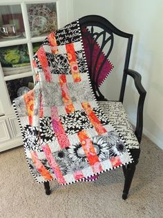 a good idea for jaylynns quilt Interweave quilt pattern by Springleaf Studios featuring Kaffe Fassett fabrics a a Jelly Roll Quilt Patterns, Modern Quilt Patterns, Modern Quilting, Strip Quilts, Easy Quilts, Quilt Blocks, Patch Quilt, Quilt Festival, Snowball Quilts