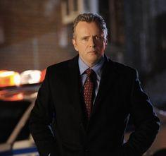 Captain Tommy Gregson (Aidan Quinn)