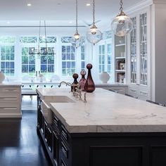 Kitchen Ideas Black And White 16 traditional kitchens with timeless appeal | traditional kitchen