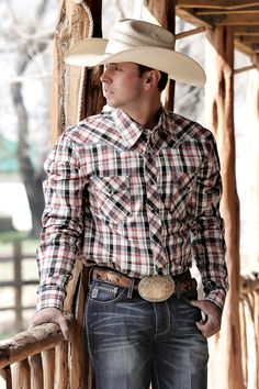 Manufacturer: Cinch Style#: MTW1340001 Description: Cinch has been creating distinctive timeless styles that have become the new standard in western wear since 1996. Premium grade cotton offers except