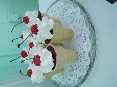 - icecream cone cupcake