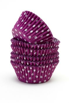 There is no such thing as too many polka dots / party time. Cupcake In A Cup, Cupcake Cases, Cupcake Liners, Cupcake Wrappers, Polka Dot Wedding, Polka Dot Party, Polka Dots, Lavender Aesthetic, Purple Kitchen