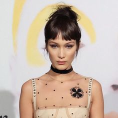 25 Black Celebrity Hairstylists Who Are Making Major Waves in the Industry bella-hadid-bangs Hair Styles 2016, Medium Hair Styles, Curly Hair Styles, Short Wavy Hair, Long Hair With Bangs, Micro Pony, 90s Grunge Hair, Baby Bangs, Corte Y Color