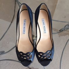 "Luciano Padovan Italian leather navy\black heels Size 38 1/2 navy leather (looks like denim) with black trim. Gently used. 3.5"" heels. Super sexy! Luciano Padovan Shoes Heels"