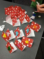 The Show Me Librarian: A Valentine Workshop: or, simple maker spaces for kids