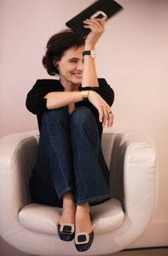 "Ines de La Fressange so freaking awesome: ""I'd rather be poor, but chic."" Best wrinkle cure What's wrong with wrinkles? Favourite jeans ...JCrew's Boyfriends Every home should have… A room of one's own. Virginia Woolf was right. I've turned mine into a boudoir"