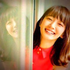 りほちさんはInstagramを利用しています:「キス顔レアショット💓 #吉岡里帆 #ショートヘア #キス顔#かわいい」 Feeling Stupid, Stamped Concrete, Kawaii Cute, Cute Girls, Japanese, Photography, Tumblr, Beauty, Style