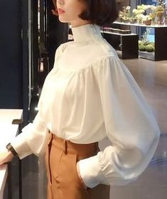High Neck Balloon Sleeve Shirring Blouse ★ All 3 . - High neck Balloon sleeve Shirring blouse ★ All three colors ♪ - Look Fashion, Hijab Fashion, Korean Fashion, Fashion Dresses, Womens Fashion, Fashion Design, Chemise Fashion, Mode Ulzzang, Outfit Des Tages