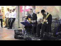 Talented Hasidic Brothers Brilliantly Perform Classic Pink Floyd Songs on the Sidewalks of Jerusalem