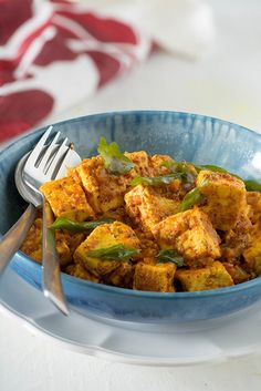 Paneer ghee roast is mangalore style ghee roast recipe adapted from very popular Mangalore chicken ghee roast recipe. A rich and hearty paneer ghee roast can be made dry to serve as an appetiser, semi dry or with gravy to serve as main dish.