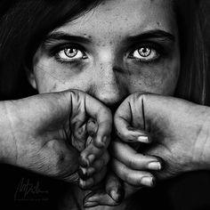 Don't be afraid... #girl #portrait