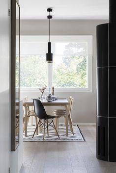 Klasissta skandinaavista kauneutta. Aavistuksen liikaa Artek(fiilistä) omaan makuun. Ruokailutila / dining area, Scandinavian interior