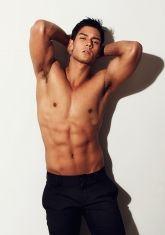 Brazilian-Japanese model ( Mercator ) and actor Daniel Matsunaga . Asian Male Model, Male Models, Top Models, Pinoy Hunks, Filipino Guys, Half Japanese, Hot Asian Men, Asian Guys