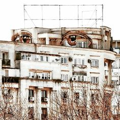E Y E S The city's watching you ★ Bucharest, Romania  #bucuresti #Bucharest #romania #igersbucharest #igersromania #igers #like4like #all_shots #ig_bucharest #ig_europe #ig_romania #instadaily #archilovers #archidaily #huffpostgram #global_hotshotz #architectureporn #streetphotography #brutal_architecture #unirii #bigeyes #eyes #watching #enjoybucharest #urbanart #graffiti #ceausescu #bestoftheday #bucurestirealist #rezistentaurbana