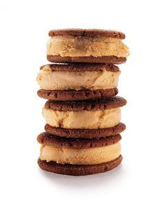 Pumpkin-Gingerbread Ice Cream Sandwiches Recipe