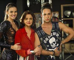 Camila Queiroz, Marieta Severo e Rainer Cadete no intervalo das gravações (Foto: Estevam Avellar/TV Globo)