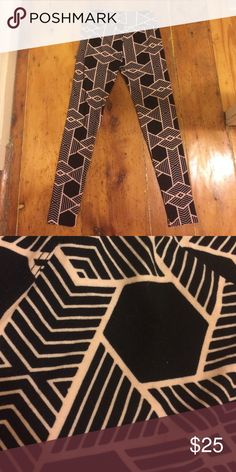 LuLaRoe OS leggings One Size LuLaRoe leggings. Black with geometric pale pink print. These are brand new and never worn - I'm re-poshing them because they are slightly too long for me and don't match my wardrobe. I'm open to offers! LuLaRoe Pants Leggings