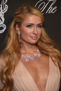 Paris Hilton Photos - Paris Hilton, wearing Avakian, attends Angel Ball 2014 hosted by Gabrielle's Angel Foundation at Cipriani Wall Street on October 2014 in New York City. Paris Hilton Bikini, Paris Hilton News, Paris Hilton Style, Paris Hilton Photos, Blake Lively, Strawberry Blonde Hair Color, Celebrity Stars, Sexy Legs And Heels, Celebs