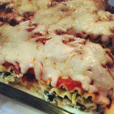 Skinny spinach lasagna rolls under 300 calories per serving