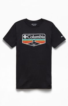Update your look with the Sandy T-Shirt from Columbia. This outdoor-inspired tee features a crew neck, short sleeves, Columbia branding on the front and left sleeve. Quality T Shirts, Columbia, Shirt Designs, Graphic Tees, Tee Shirts, Shops, Man Shop, Mens Tops, Retro Design