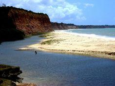 Praia de Cumuruxatiba, Prado (BA)