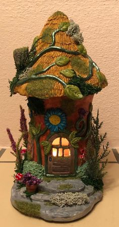 1 million+ Stunning Free Images to Use Anywhere Clay Fairy House, Gnome House, Fairy Garden Houses, Clay Houses, Ceramic Houses, Glass Bottle Crafts, Bottle Art, Fairy Crafts, Garden Crafts