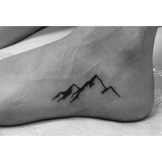Did this pretty little mountain range on a pretty friend of mine!Thanks…