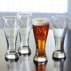 Personalized 4pc. Pilsner Glass Sets for your bridesmaids and groomsmen