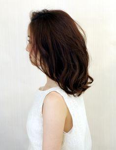 大人かわいい小顔耳かけセミディ(WA-522) | ヘアカタログ・髪型・ヘアスタイル|AFLOAT(アフロート)表参道・銀座・名古屋の美容室・美容院