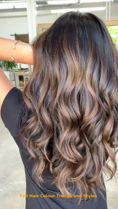 Carmel Brunette Balayage Oh WOW! Look at this beautiful balayage. - Carmel Brunette Balayage Oh WOW! Look at this beautiful balayage. Defin… Carmel Brunette Balayage Oh WOW! Look at this beautiful balayage. Brown Hair Balayage, Brown Blonde Hair, Light Brown Hair, Hair Color Balayage, Ombre For Dark Hair, Dark Brown Hair With Low Lights, Balyage Long Hair, Balayage Ombre, Fall Balayage