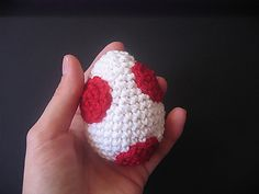 "Yoshis Egg - Free Amigurumi Pattern - PDF ( click ""download"" or ""free Ravelry download"" - English and German Pattern)  http://www.ravelry.com/patterns/library/yoshis-ei"