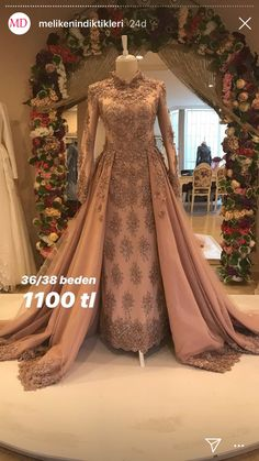 wedding dresses in pakistan Muslimah Wedding Dress, Pakistani Wedding Dresses, Indian Dresses, Wedding Gowns, Hijabi Wedding, Designer Gowns, Designer Wedding Dresses, Ball Gowns Prom, Prom Dresses