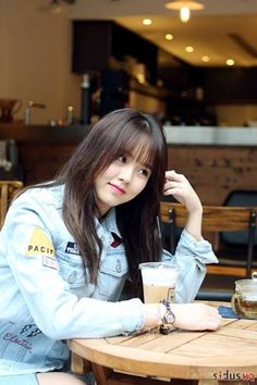KimSoHyun my idola so cute Korean Actresses, Korean Actors, Kim So Hyun Fashion, Korean Beauty, Asian Beauty, Hyun Ji, Kim So Eun, Cute Korean Girl, Aesthetic Girl