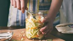 A home fermentation class to give you the skills you need to start preserving and pickling some of your favorite veggies. 19 Online Food Courses Almost Any Food Lover Will Want To Master Immediately Fruit And Veg, Fruits And Veggies, Vegetables, Fermented Cabbage, Fermented Foods, Gazpacho, Diy Trend, Cooking The Perfect Steak, Homemade Sauerkraut