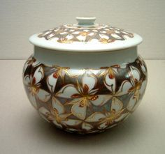 Tomimoto Kenkichi, ornamental Jar with four-petal flower pattern, overglaze enamels, gold and silver,  1959-60