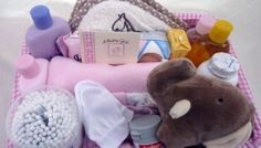 » STANDARD NEW BORN BABY GIFT BASKET (with Johnson's Baby Skincare products)