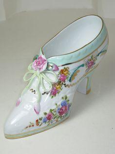 Ganz Mint Green & Roses Floral Victorian Miniature Porcelain Shoe MINT CONDITION