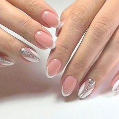 Manichiura în nuanțe deschise: 30 de idei minunate pentru doamne stilate. – SASIKO Coffin Nails Long, Beauty, Gel Nails, Beauty Illustration