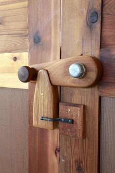 Trying to begin woodworking? Learn woodworking with the help of our woodworking tips how-to\'s. Don\'t forget to get this free chapter of woodworking suggestions. Check out the webpage to see more about woodworking. Wooden Gates, Wooden Doors, Wooden Hinges, Custom Gates, Gate Latch, Into The Woods, Wood Design, Woodworking Projects, Woodworking Garage