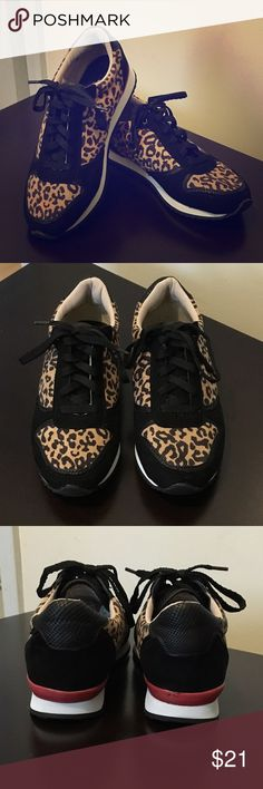 Mossimo leopard sneakers women A women can never have too much leopard! Snag this cute leopard sneakers before they're gone. Been worn once. Still in good condition. Hardly any stain except for the small scuff on the back of the right shoe. Mossimo Shoes Sneakers