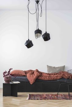 Mix and match! Masculine Room, Living Room Decor, Living Spaces, Interior Decorating, Interior Design, Simple House, Home Bedroom, Girl Room, Home And Living