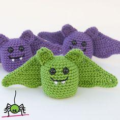 The Itsy Bitsy Spider Crochet: Amigurumi Bat