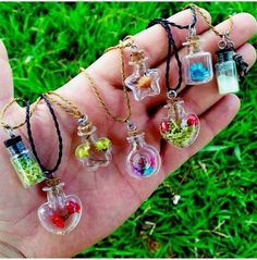 There is 1 tip to buy jewels, hippie. Bottle Jewelry, Bottle Charms, Bottle Necklace, Clay Charms, Resin Jewelry, Kawaii Jewelry, Cute Jewelry, Diy Jewelry, Jewelery